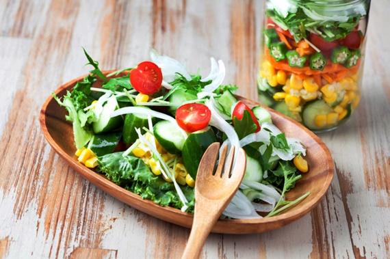 ダイエット効果のありそうな野菜サラダ