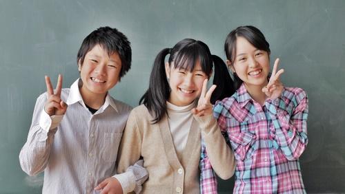 同じ習い事教室の友達3人