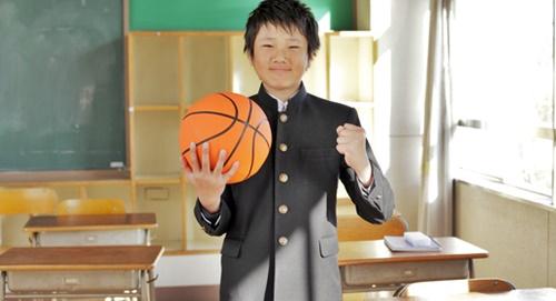 バスケット選手夢への夢が叶えそうな男の子